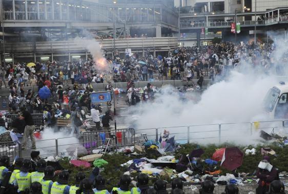 Video toàn cảnh biểu tình ủng hộ dân chủ của giới sinh viên học sinh Hong Kong
